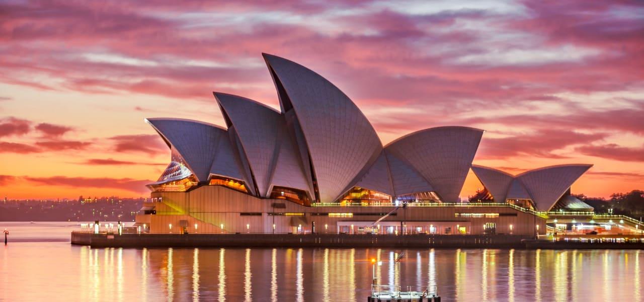 オペラハウスの夜景