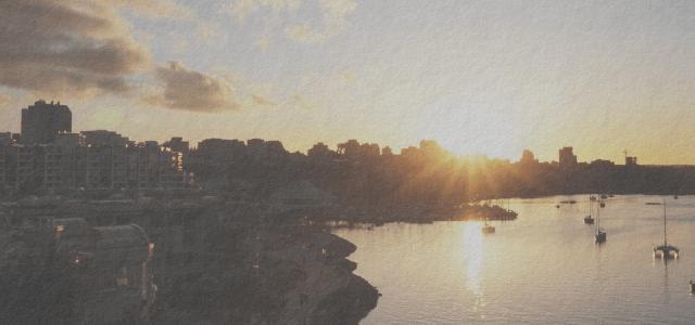 夕焼けのカナダの街並み