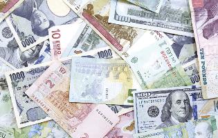 留学の外貨両替は安く無駄な手数料を無くす