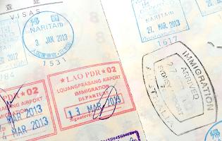 カナダの入国許可書が出たパスポート