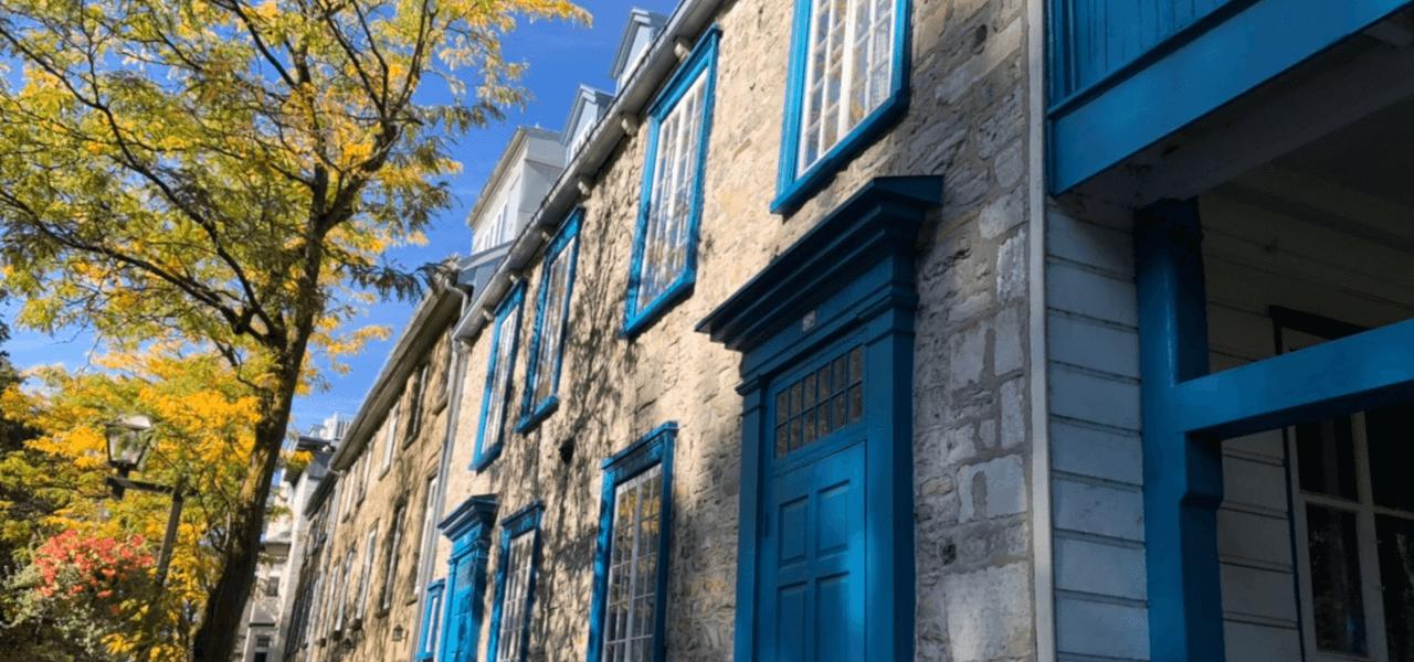 モントリールの青いお家