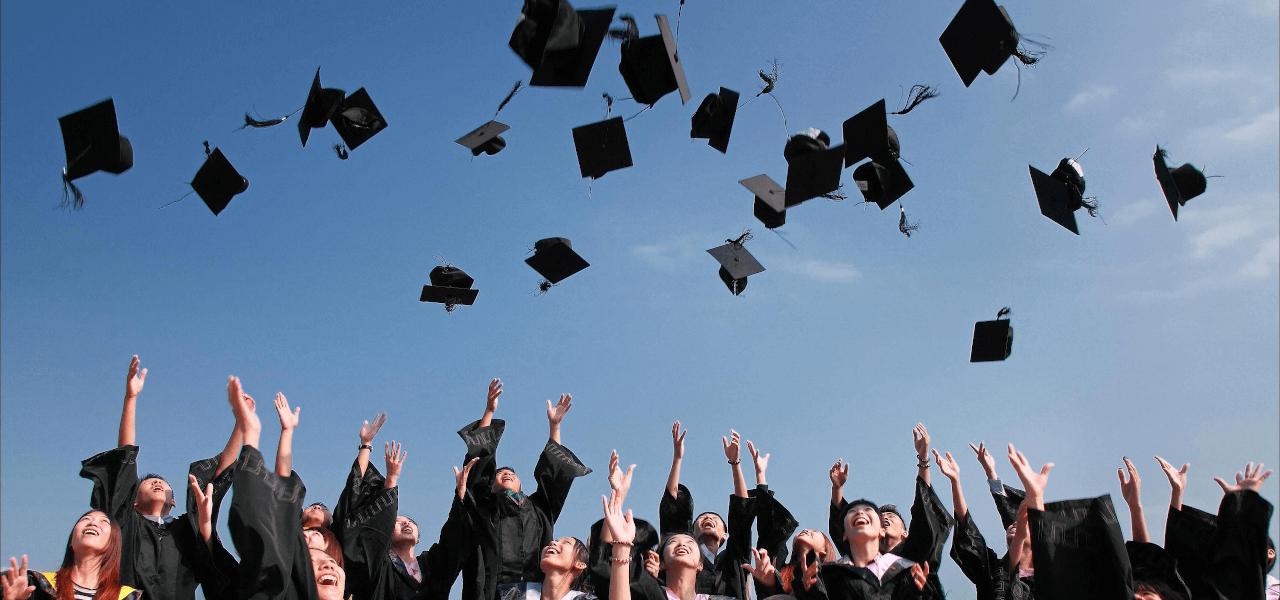 海外の学校の卒業式
