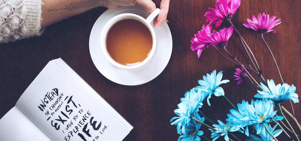 カフェオレと花と英語の本