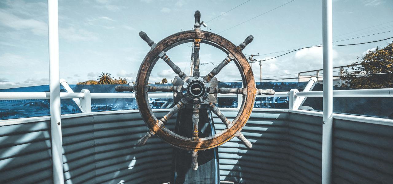 海外の船の舵