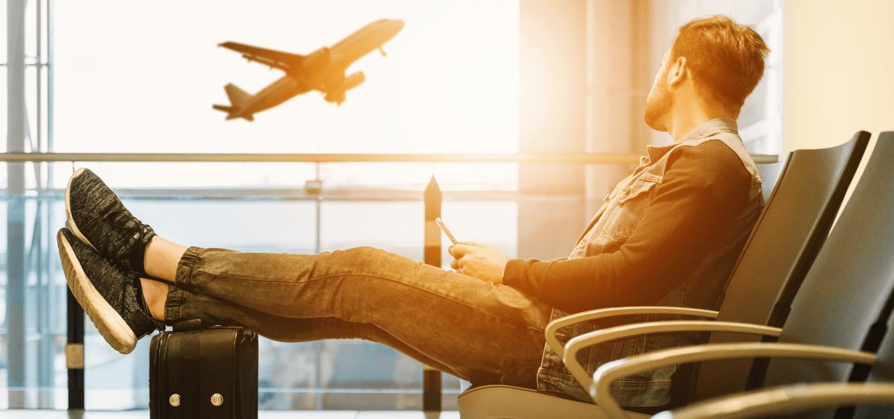 留学と旅行に出ようとしているイメージ