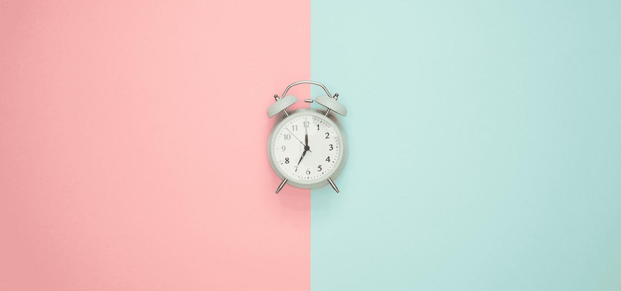 時計が選択の時を伝える