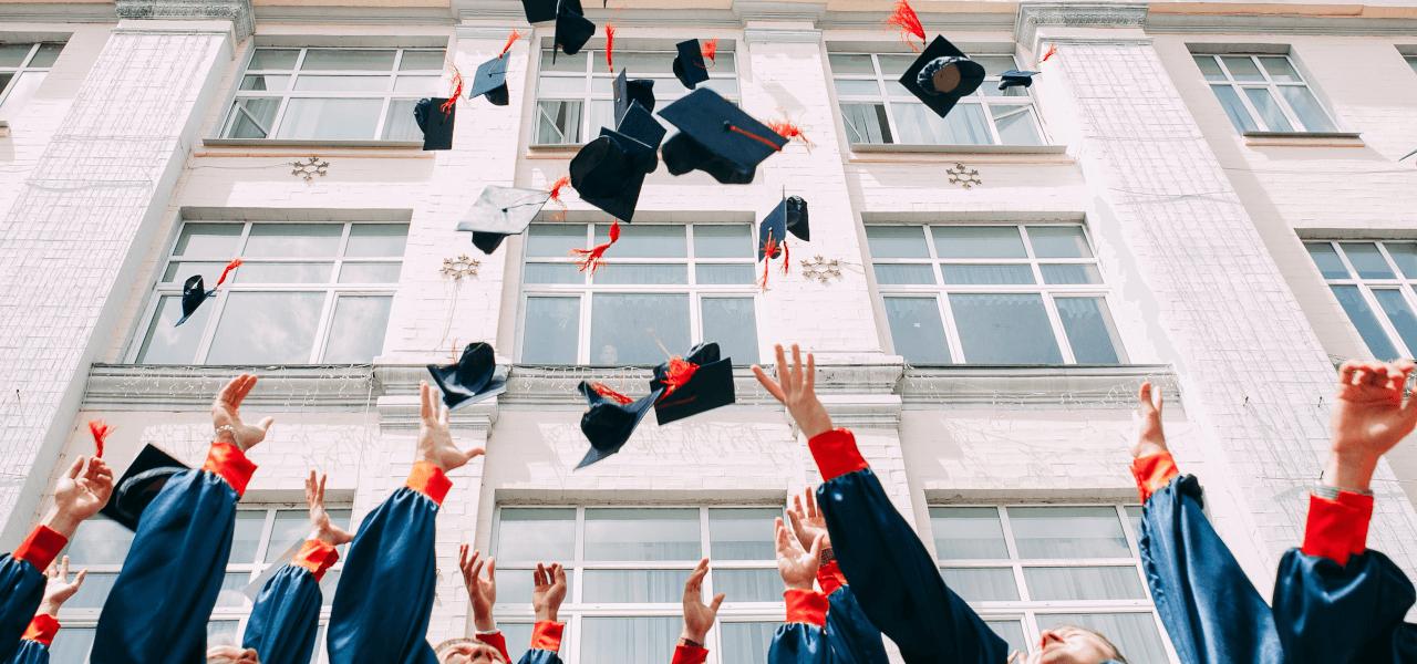 海外の高校の卒業式