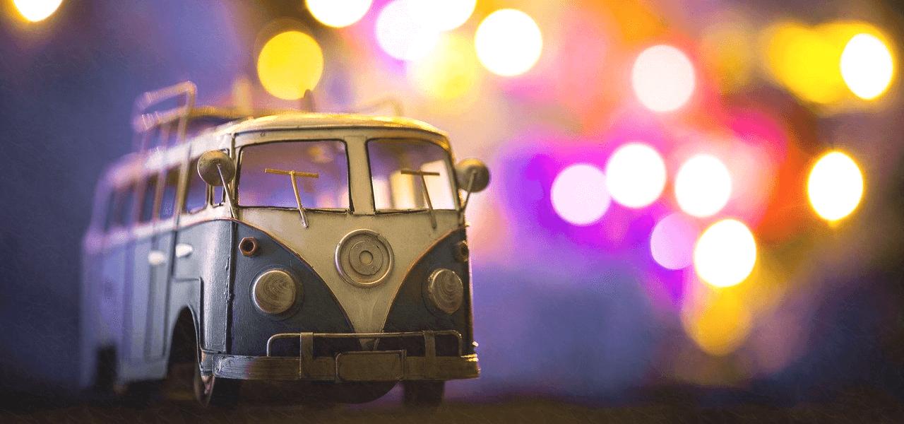 海外のバスのおもちゃ