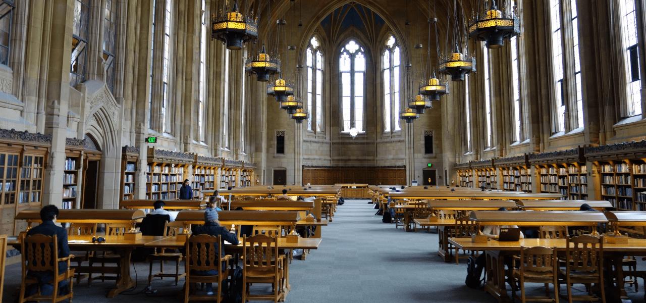 海外の大学の講堂