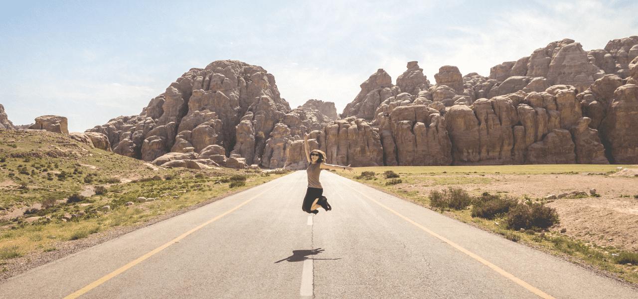 短期留学を楽しむ女性
