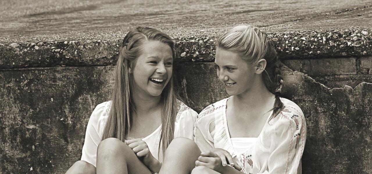 留学生の女の子2人