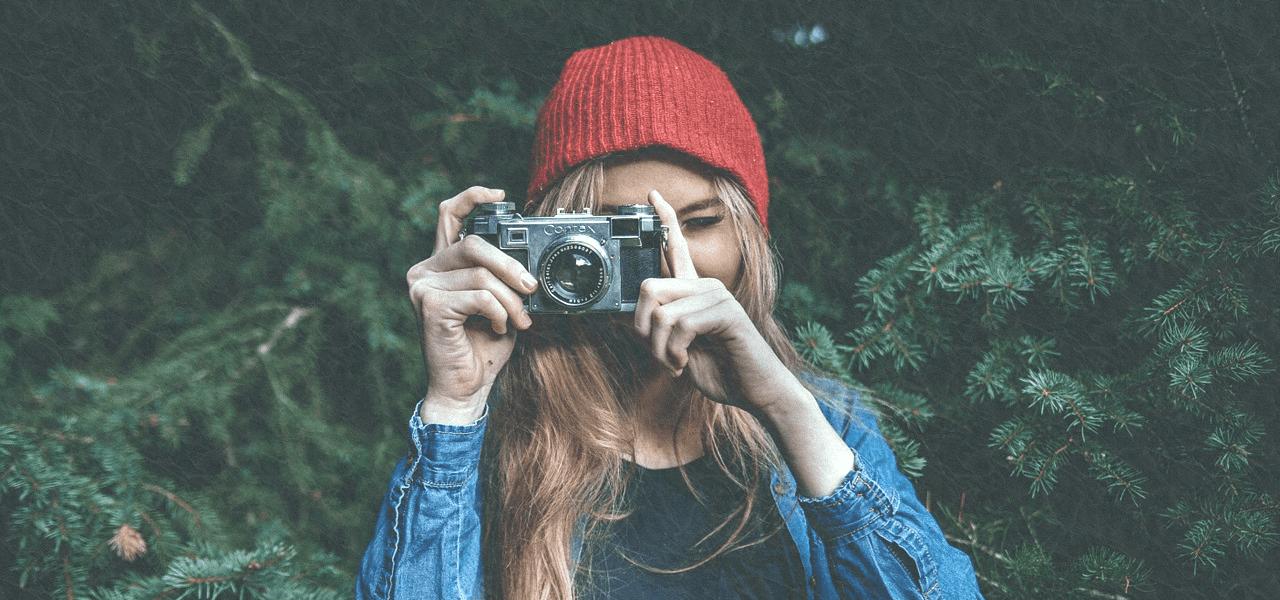 海外の女性カメラマン