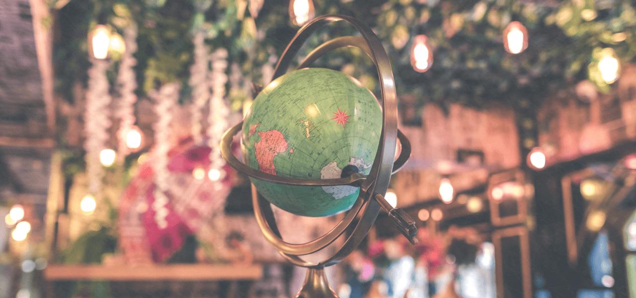 世界をイメージする地球儀